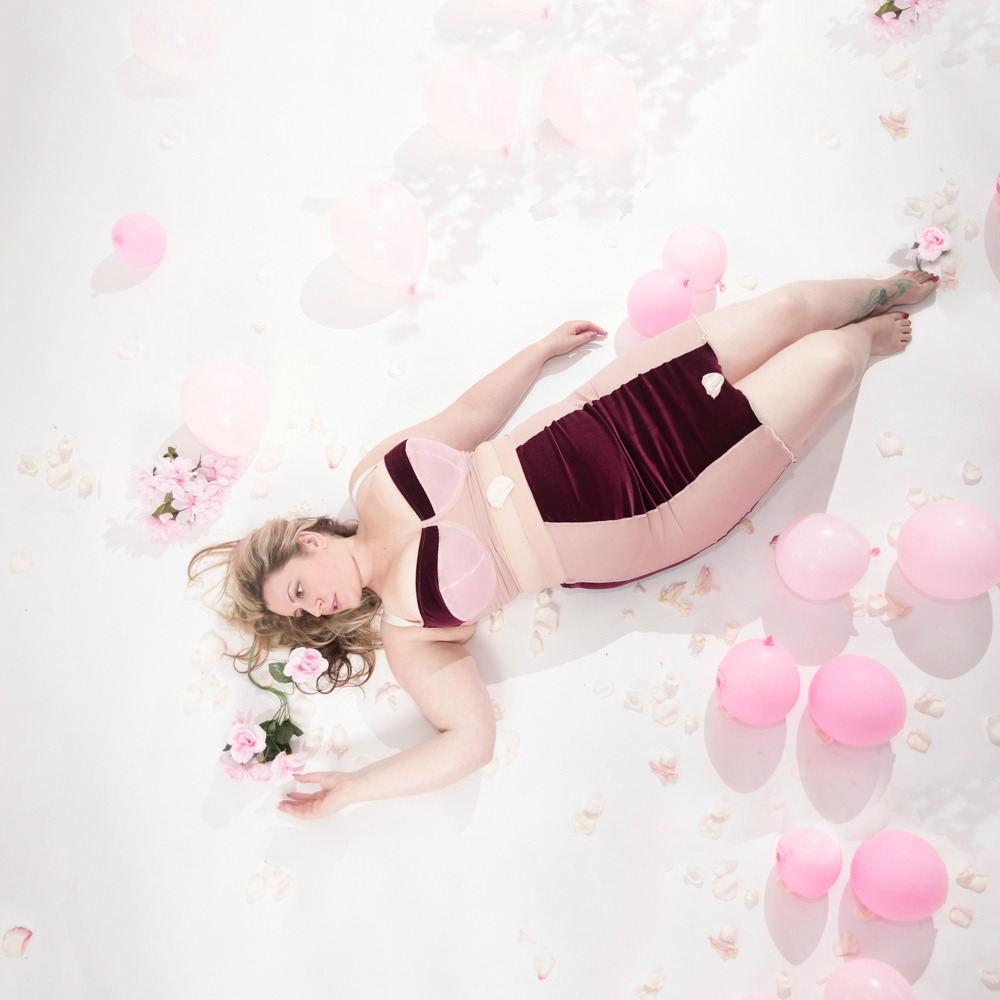Impish Lee - Summer, Balconette Bra and Highwaisted Skirt, Pink Balloon Photoshoot 1